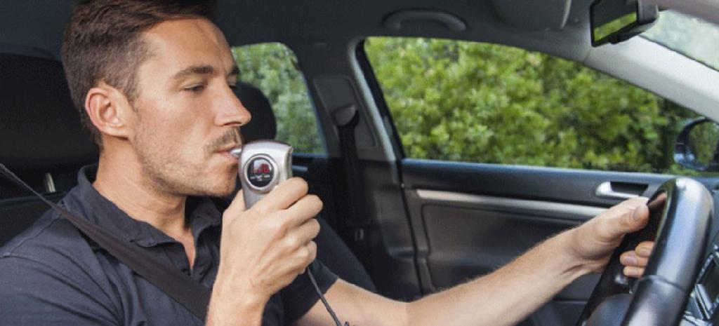 Alkoholtest kann Autofahren