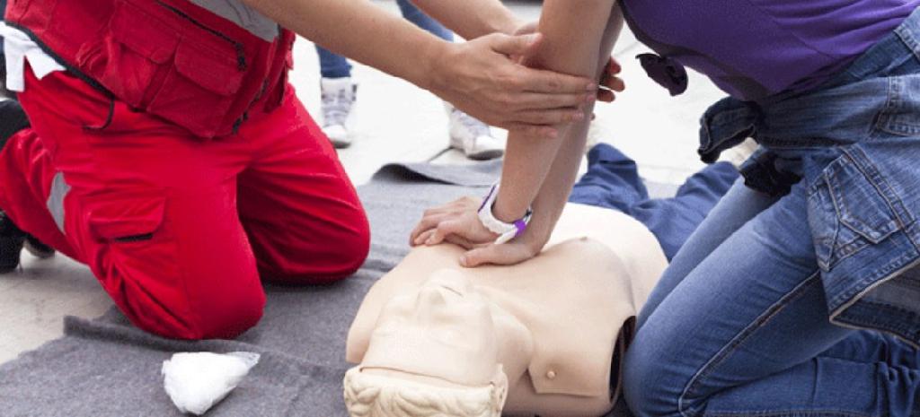 Verhalten als Helfer beim Unfall… Was ist zu beachten?