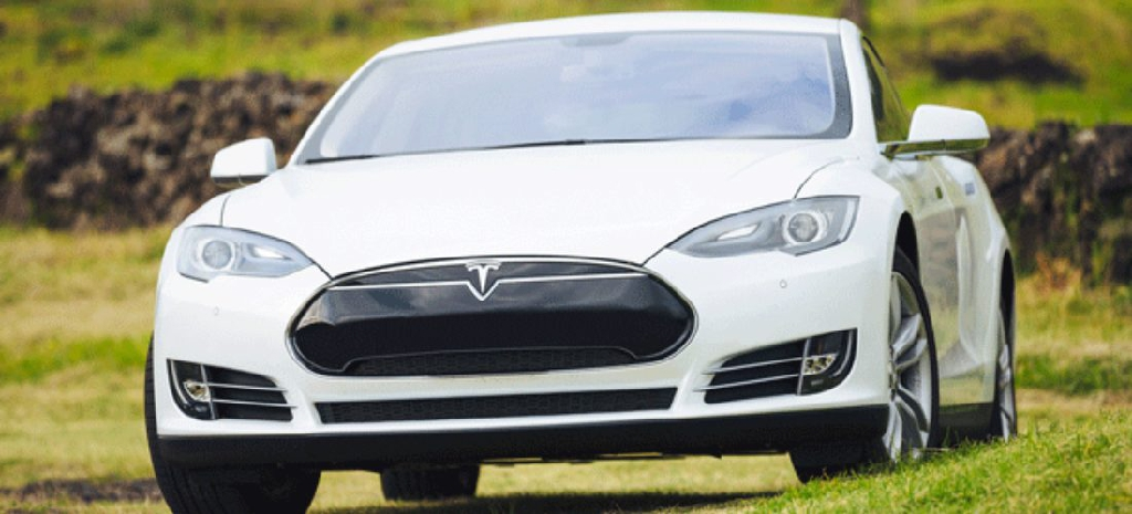 Jetzt umweltbewusst fahren! Tesla und die Zukunft der Autoindustrie